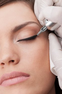 Eyeliner - Microblading